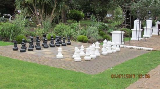 Warner Leisure Hotels Sinah Warren Hotel: Chess