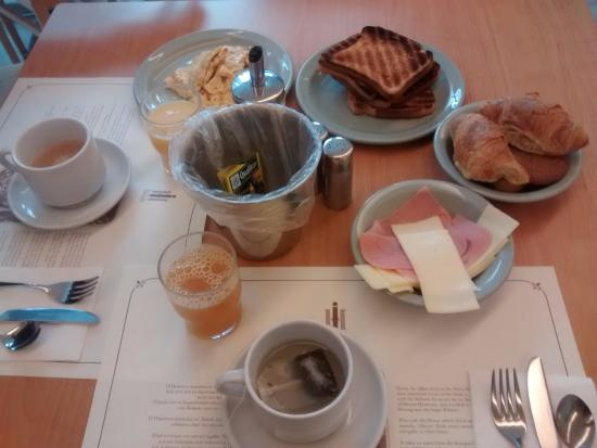 Ilissos Hotel : desayuno