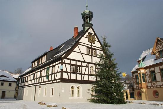 Hotel Saigerhütte: Haupthaus mit Restaurant