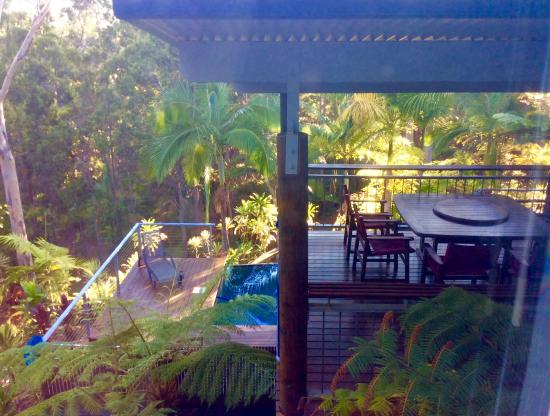 Wallu, Australien: Another view of the eating and patio area from our room