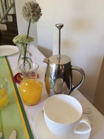 Derwent House Boutique Hotel: Morning Coffee