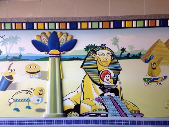 McDonald's Luxor: photo0.jpg