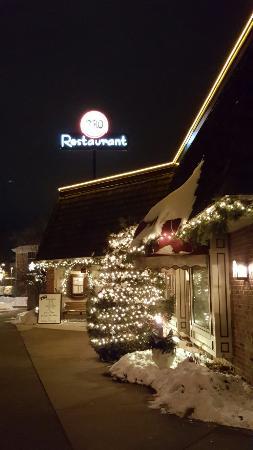 2510 Restaurant: 20160101_205140_large.jpg