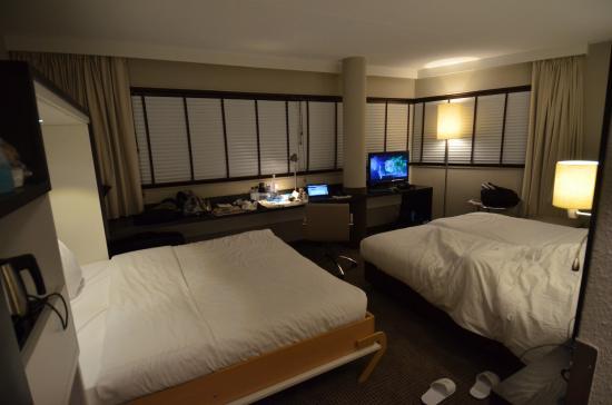 WestCord Art Hotel Amsterdam: Bedroom For Three