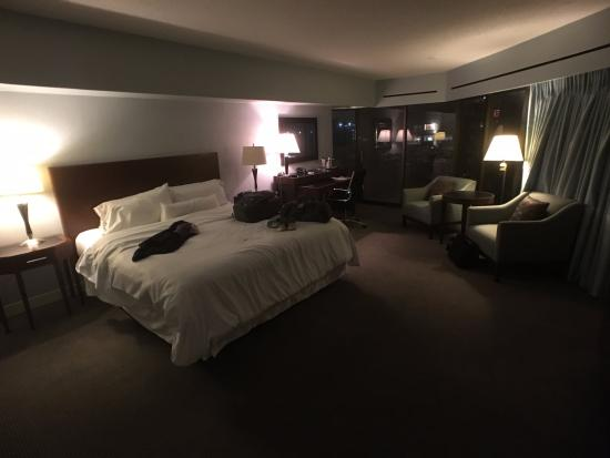 The Westin Crown Center: King room