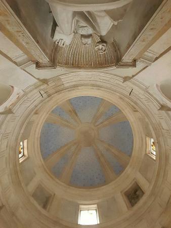 Interno del tempietto picture of chiesa san pietro in for Interno san pietro