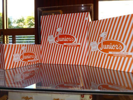 Junior's Restaurant: Junior's