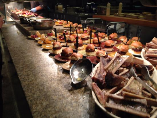 bone marrow and sliders picture of bacchanal buffet las vegas rh tripadvisor com