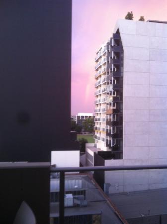 photo3 jpg picture of amity apartment hotels south yarra rh tripadvisor com au