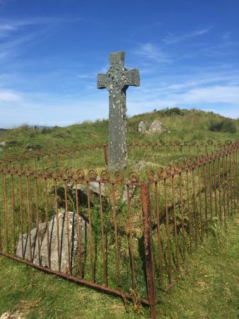 Port Ellen, UK: the grave of a criminal?