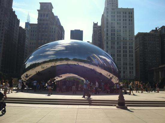 Millennium Park: Cloud Gate