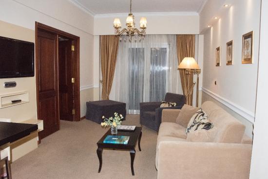 AVA Hotel Athens: LOUNGE