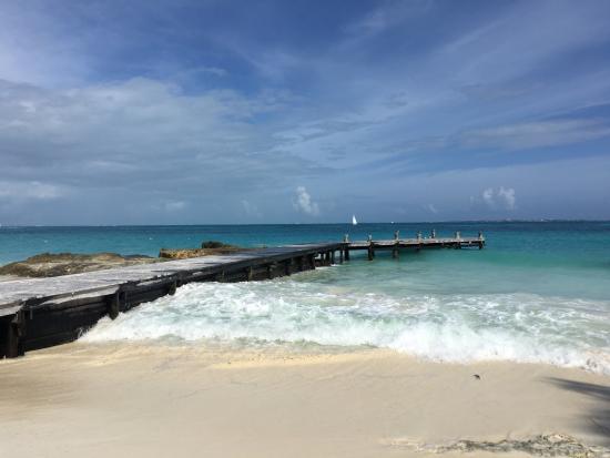 Playa Caracol: LIMPA E CALMA