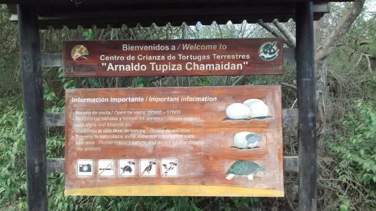 Puerto Villamil, Ισημερινός: letrero de entrada al centro
