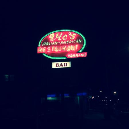 Bradley Beach, NJ: Cool Neon Sign above the side lot.