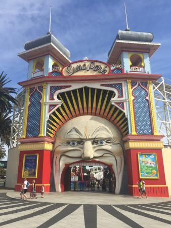 Picture of luna park melbourne st kilda for Puerta 7 luna park