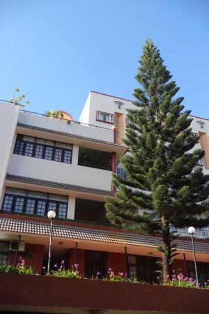 Damsan Hotel
