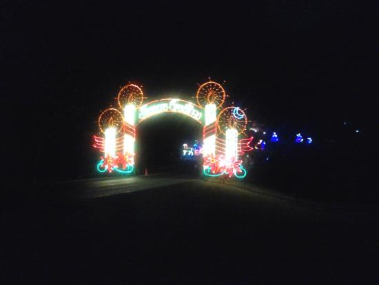Tanglewood Park: entrance