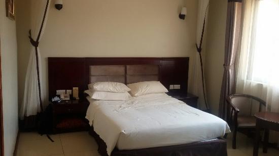 Golden Courts Hotel
