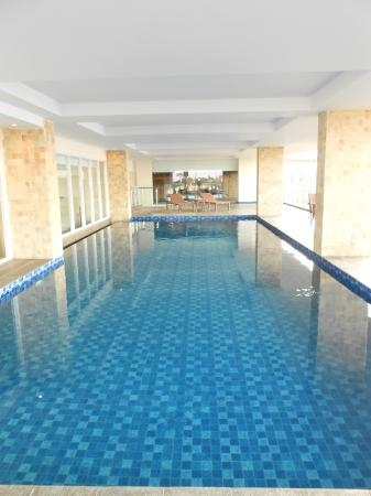Primebiz hotel tegal bewertungen fotos preisvergleich for Swimmingpool angebote