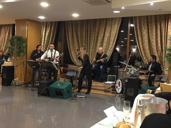 Fara San Martino, Ιταλία: Cenone fine Anno 2015 serata allietata con la mitica Band di Danny Manzo , musica e canto ad alt
