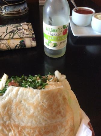 Middle East Cafe : yummy falafel! and feijoa juice.  mmmm.