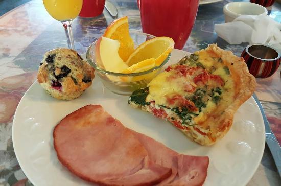 Nice, CA: Hearty morning breakfast