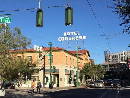 The Historic Hotel Congress: historical exterior
