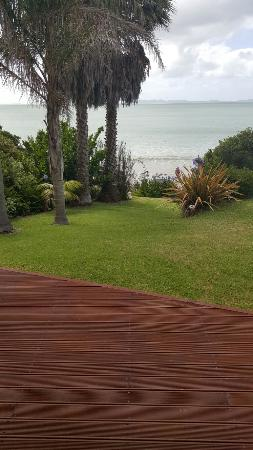 By the Bay Beachfront Apartments照片