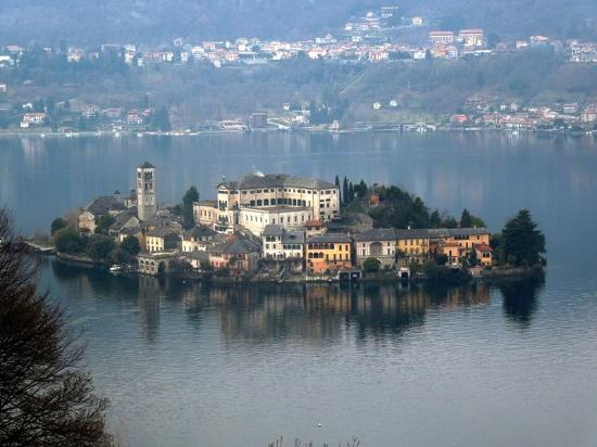 Lake Orta: остров