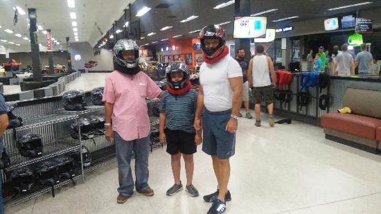 Raytown, MO: dad, son and godfather about to race