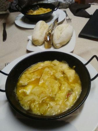 Hotel El Almendral: sopa cortijera en el restaurante del hotel