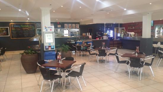 The Rocky Glen Hotel Motel Bistro: Bistro dinning area