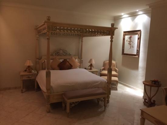 Rijasa Agung  - Bali Ubud Luxury Hotel Resort Villa: Номер с джакузи на террасе