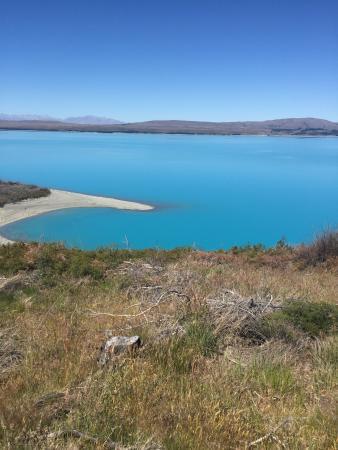 Canterbury Region, Nueva Zelanda: Lake Pukaki is unlike anything I've ever seen.