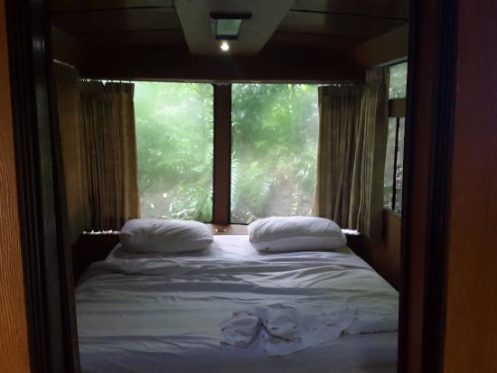 bed picture of taman safari lodge puncak tripadvisor rh tripadvisor com