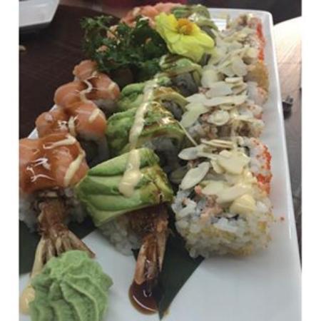 Copacabana Temakeria - Brazilian Sushi: uramaki