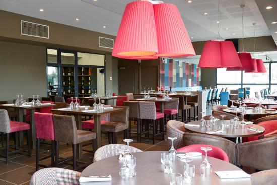 Meyzieu, فرنسا: Restaurant traditionnel français