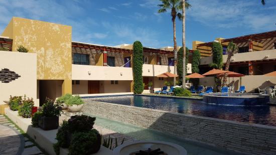 Los Patios Hotel: piscina