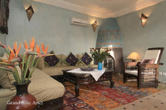 Riad Mur Akush : Grand Suite Amel lounge/second bedroom
