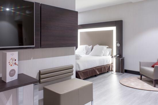 Novotel Madrid Center: Habitación Ejecutiva con Salón bed