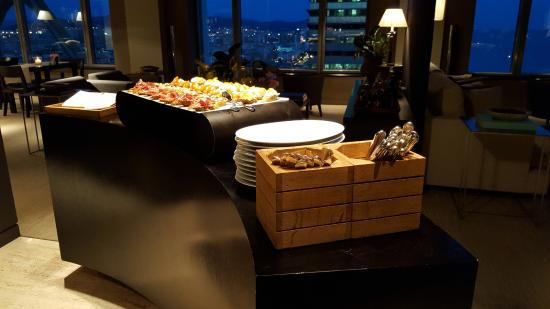 lounge club buffet picture of hotel arts barcelona barcelona rh tripadvisor com