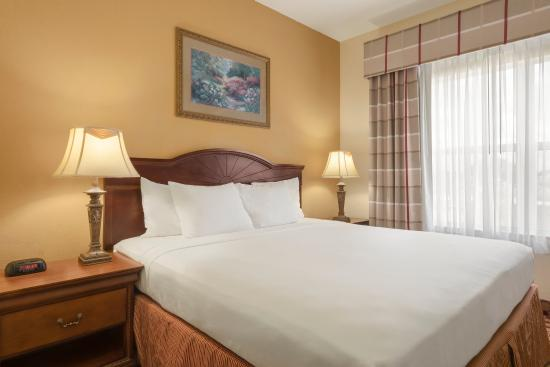 Country Inn & Suites by Carlson - Valdosta: Suite