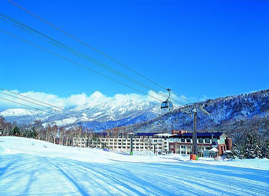 Shigakogen Yakebitaiyama Ski Area