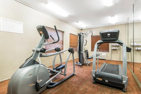 Comfort Inn & Suites Airport & Expo: Fitness center