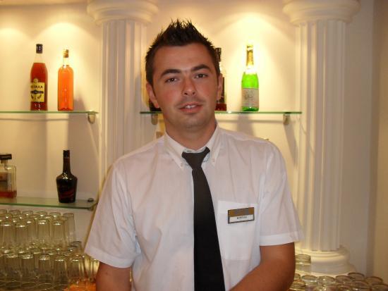 Zante Maris Hotel: kostas the fantastic barman