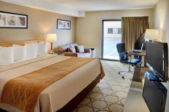 Comfort Inn Airport: Spacious Pillowtop King Guestroom