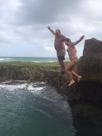 Kariega Beach: Cliff Jumping at Shelly