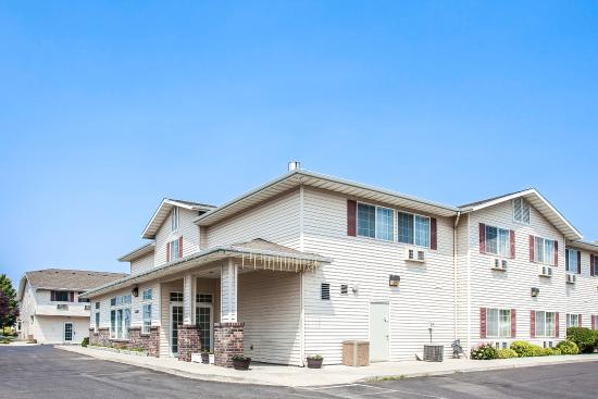 Photo of Rodeway Inn & Suites Spokane