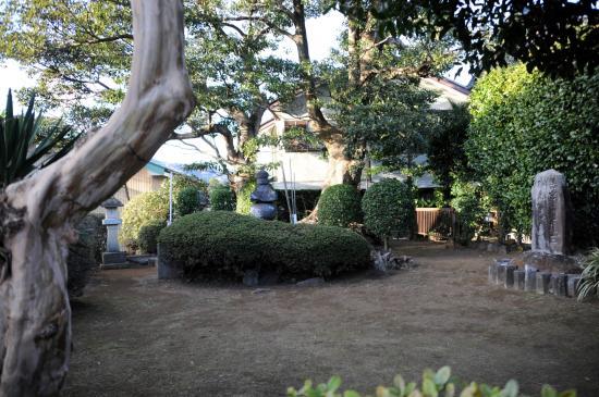 Sukechika Ito Tomb
